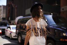 Más flecos! #streetstyle #MBFW #SS15 @fashionistacom