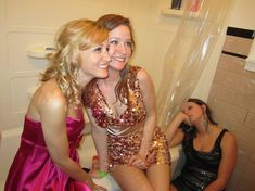 #formal #party #partying #drunkpeople #sorority #funny Total Sorority Move, Total Frat Move, Take A Nap, Take That, Woo Girl, Online Shopping For Boys, Colton Underwood, College Parties