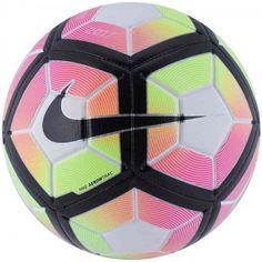 12cb6e1f5d A Bola Nike Strike Campo é perfeita para jogar aquele futebol com os  amigos. Ela