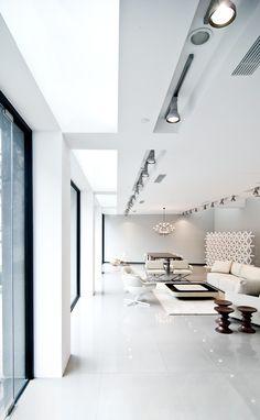 World Best Interior Designer featuring @ Woods Bagot For more inspiration see also: http://www.brabbu.com/en/