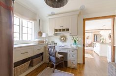 7 day plan: Get a spotless, organized home office ~ traditional home office by Abbey Construction Company, Inc.