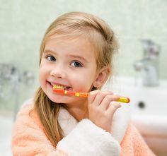 Preocupação com saúde bucal infantil começa ainda na gestação - Blog da Cris Feu