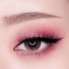 Eye Makeup Designs, Eye Makeup Art, Eyeshadow Makeup, Makeup Cosmetics, Makeup Ideas, Games Makeup, Pink Eyeliner, Daily Makeup, Makeup Geek