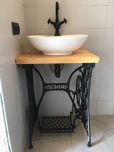 Upstairs Bathrooms, Downstairs Bathroom, Bathroom Renos, Bathroom Interior, Small Bathroom, Primitive Furniture, Diy Furniture, Lavabo Exterior, Rustic Bathroom Designs