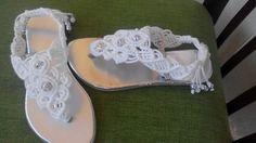 Sandalias tejidas a macrame