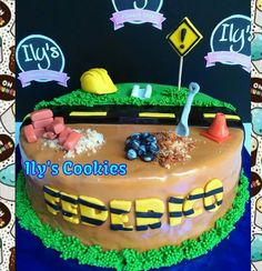 Torta Ingeniero Civil *•.¸♥♥¸.•*Ily´s Cookies*•.¸♥♥¸.•* Construction Theme Party, Groom Cake, Party Themes, Birthday Cake, Cakes, Cooking, Desserts, Food, Engineer