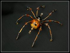 Ornate glass bead Spider by artist Kimi Springer - <3 spiders I actually ADORE