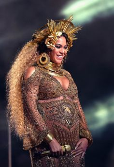 LaineyGossip|Beyonce's Grammys performance was a radical act of defiance