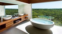 bathroom-tub-view-Southern-Ocean-Lodge-Kangaroo-Island-apr11
