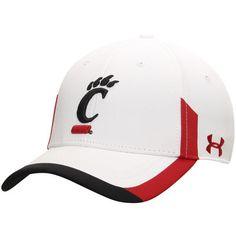 Cincinnati Bearcats Under Armour Renegade Performance Flex Hat - White