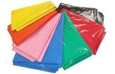 Bolsas de plástico de colores para disfraces de carnaval: http://www.asturalba.com/manualidades/disfraces/bolsas-disfraz.htm