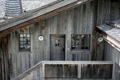a very chic french ski chalet - Sharon Santoni Chalet Style, Ski Chalet, Weathered Wood, Barn Wood, Exterior House Colors, Skiing, Shed, Outdoor Structures, Architecture