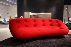Lignet Rose Ploum sofa.