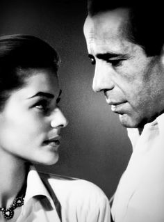 Lauren Bacall and Humphrey Bogart. Gran parella d'actors i com a parella! Golden Age Of Hollywood, Vintage Hollywood, Classic Hollywood, Lauren Bacall, Great Love Stories, Love Story, Bogie And Bacall, Humphrey Bogart, Classic Films