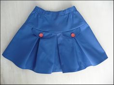 Cute skirt - don't know if I could follow the pattern instructions - in Dutch, I believe......