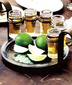 """Un tequila es """"fuerte"""" o """"ligero"""" según el grado de alcohol... no por que no sea bueno."""