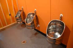 Bierfass Pissoir