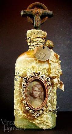 Vintage Figments: Altered Bottle Antique Perfume Bottles, Vintage Bottles, Bottles And Jars, Glass Bottles, Glass Bottle Crafts, Diy Bottle, Bottle Art, Patron Vintage, Jar Art