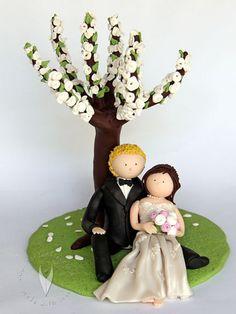 Brautpaar unterm Kirschbaum von www.tortenfiguren.at - Weddingcake Topper