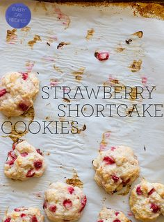 Strawberry shortcake cookies by Spoon Fork Bacon