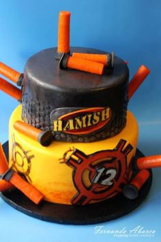 6 This Nerf birthday cake looks so cool! vcmblog Boys Nerf Birthday Party Cake, Cupcake and Cookie Ideas