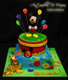 colorfull mickey mousse cake!
