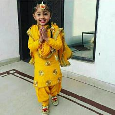 Kids Party Wear Dresses, Wedding Dresses For Kids, Little Girl Dresses, Girls Dresses, Kids Indian Wear, Kids Ethnic Wear, Afghani Clothes, Indian Girl Bikini, Cute Little Girls Outfits