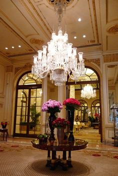 Ornate beauty at The Plaza Hotel. A divine spot for a wedding venue. http://www.delightfull.eu/