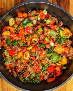 vegetables- Beef Sliced with Colorful Vegetables – Recipes – Cooking Recipes – Cooking – Instakoch. Clean Eating Recipes For Dinner, Clean Eating Breakfast, Clean Eating Meal Plan, Healthy Eating Tips, Clean Eating Snacks, Dinner Recipes, Mexican Food Recipes, Beef Recipes, Vegetarian Recipes