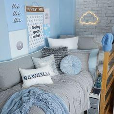 College Bedroom Decor, Simple Bedroom Decor, Room Ideas Bedroom, Home Decor Bedroom, Bedroom Wall, Feminine Bedroom, Bedroom Signs, Bedroom Curtains, Bedroom Furniture