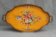 Antique French Yellow Tole Gallery Tray has pretty curved brass handles and a pierced gallery encircling it's interesting oval shape. Shabby Vintage, Vintage Flowers, Blue Flowers, China Painting, Tole Painting, Painted Trays, Pintura Country, Vintage Tablecloths, Ceiling Medallions