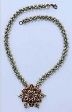 Star of David beading pattern, beading pattern instructions, beading tutorials and patterns, beaded pendant pattern, beaded rivoli pendant