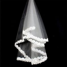 New Arrival 1.5M large white lace Noble Bridal Wedding Veil Embroidered Edge 1T without Comb Mantilla 3C Free Shipping