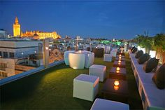 Hotel Inglaterra **** - Sevilla - Terraza hotel - rooftop bar with nice view Hotel Rooftop Bar, Culture Travel, Hotel Reviews, Holiday Travel, Hotels And Resorts, Nice View, Night Life, My House, Outdoor Furniture Sets