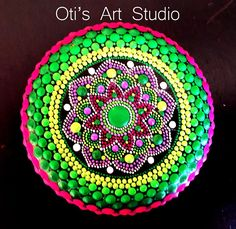 Mandala Hand Painted Stone This precious stone was created with much love and joy. This mandala stone have in it many hours of joyful work and chanting for the owner to feel the vibration of joy, happiness and worth of our beautiful Universe. Size: 6cm diameter = 2 1/2inch. I use a