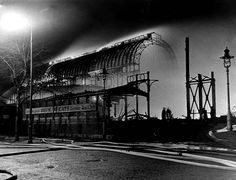 South London's iconic Crystal Palace was destroyed by fire 85 years after it had been the centrepiece of Britain's Great Exhibition. Vintage London, Old London, Crystal Palace, Star Wars Spaceships, Exhibition Building, Palace London, Glass Structure, South London, Expositions
