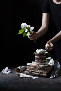 1 YEAR OF THE FREAKY TABLE | GLUTEN-FREE COCONUT LAVENDER DARK CHOCOLATE MINI CAKE - The Freaky Table