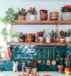 Bohemian kitchen decor custom textiles loom to home o photos and videos . Home And Deco, Küchen Design, Design Ideas, Design Blogs, Design Elements, Design Trends, Design Inspiration, New Kitchen, Boho Kitchen