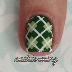 """""""Happy St. Patrick's day! Full tutorial with helpful voiceover is on my ▶ Youtube channel! Link in bio  - - Products used: Base: """"Navigate Her"""" Essie (I…"""""""