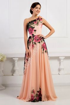 Długa suknia w kwiaty na jedno ramię   suknie wieczorowe na jedno ramie