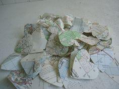 Vintage Map Confetti Hearts Wedding Table von TheVintageOrangeJar