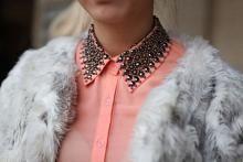 peachy collar.
