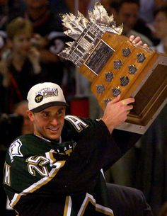 1999 | Dallas #Stars forward Joe Nieuwendyk.