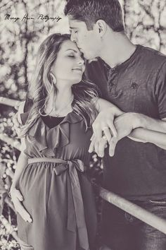 Alyssa (Bates) and John Webster pregnant with 1st child, it a girl fyi!!