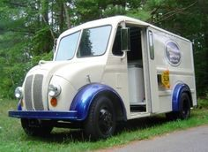 Google Image Result for http://bringatrailer.com/wp-content/uploads/2009/05/1950_Divco_Ice_Cream_Truck_For_Sale_Front_1.jpg