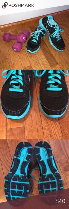Nike Air Relentless Running Shoe Size 10 Nike Air Relentless Running Shoe Women's size 10 Black and Teal Very good condition, see closeup pics. Smoke free home Nike Shoes Athletic Shoes