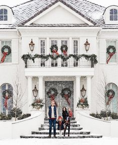 Home For Christmas 2019 Home For Christmas Pink Peonies by Rach Parcell The post Home For Christmas 2019 appeared first on House ideas. Pink Christmas, Christmas Home, Merry Christmas, Christmas Trees, Christmas Mantles, Christmas Villages, Victorian Christmas, Christmas Music, Homemade Christmas