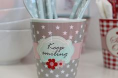 Happy Mug.... http://living-sweets.com/Krasilnikoff