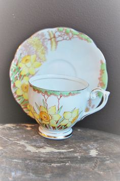 Your place to buy and sell all things handmade China Cups And Saucers, Teapots And Cups, China Tea Cups, Teacups, Vintage Cups, Vintage Tea, Tea Blog, My Cup Of Tea, Cup And Saucer Set