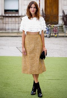 We're in love with Alexa Chung's ruffle crop top http://asos.to/1kzckUd